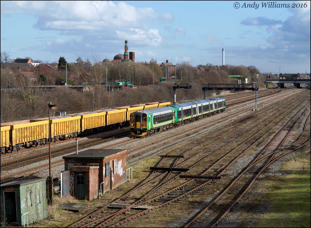 Class 153 plus 170 combo at Small Heath