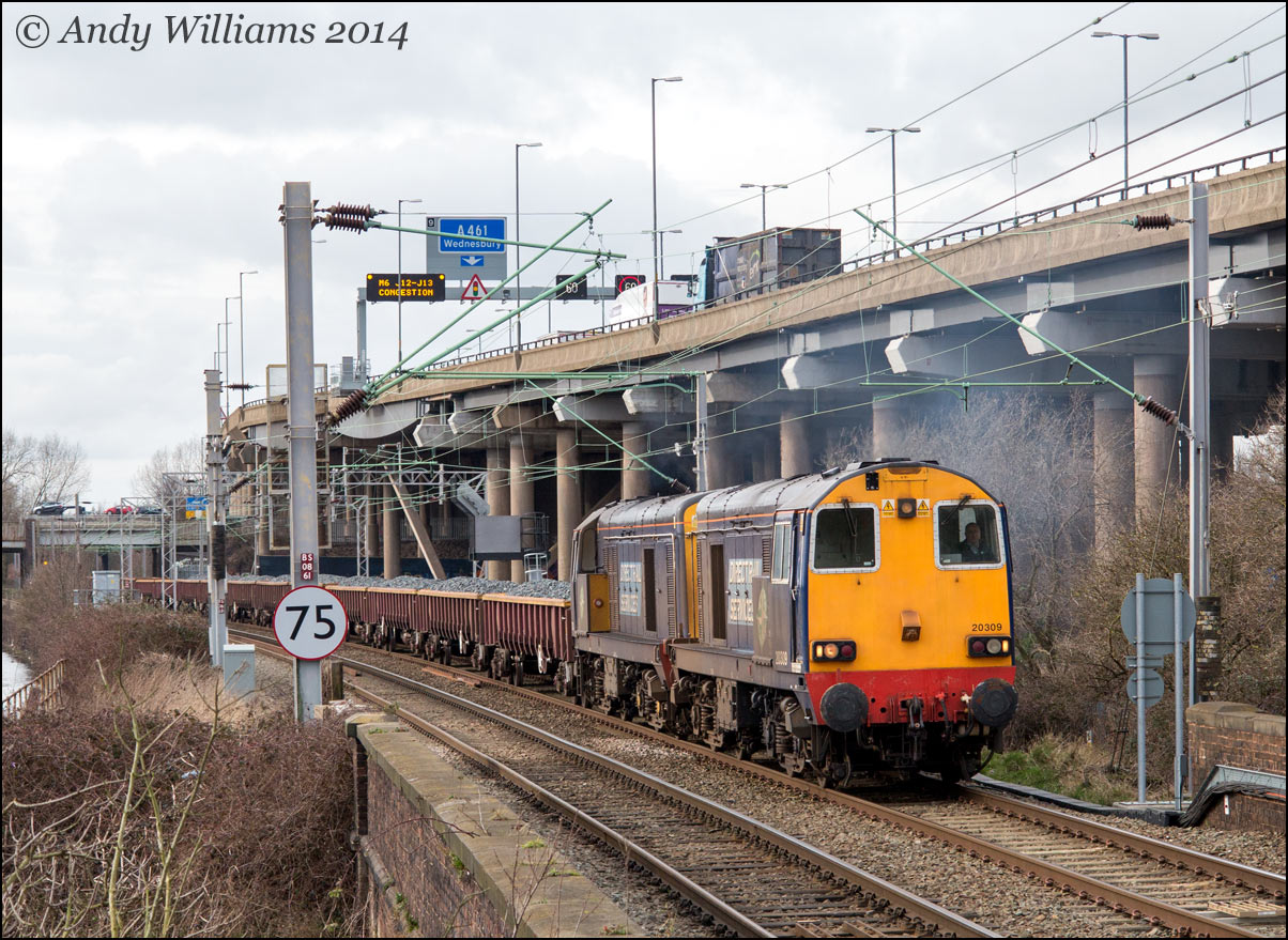 20309 and 20303 at Bescot