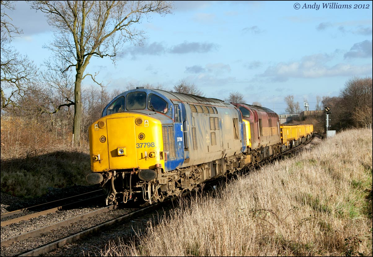 37798 and 37707 at Water Orton