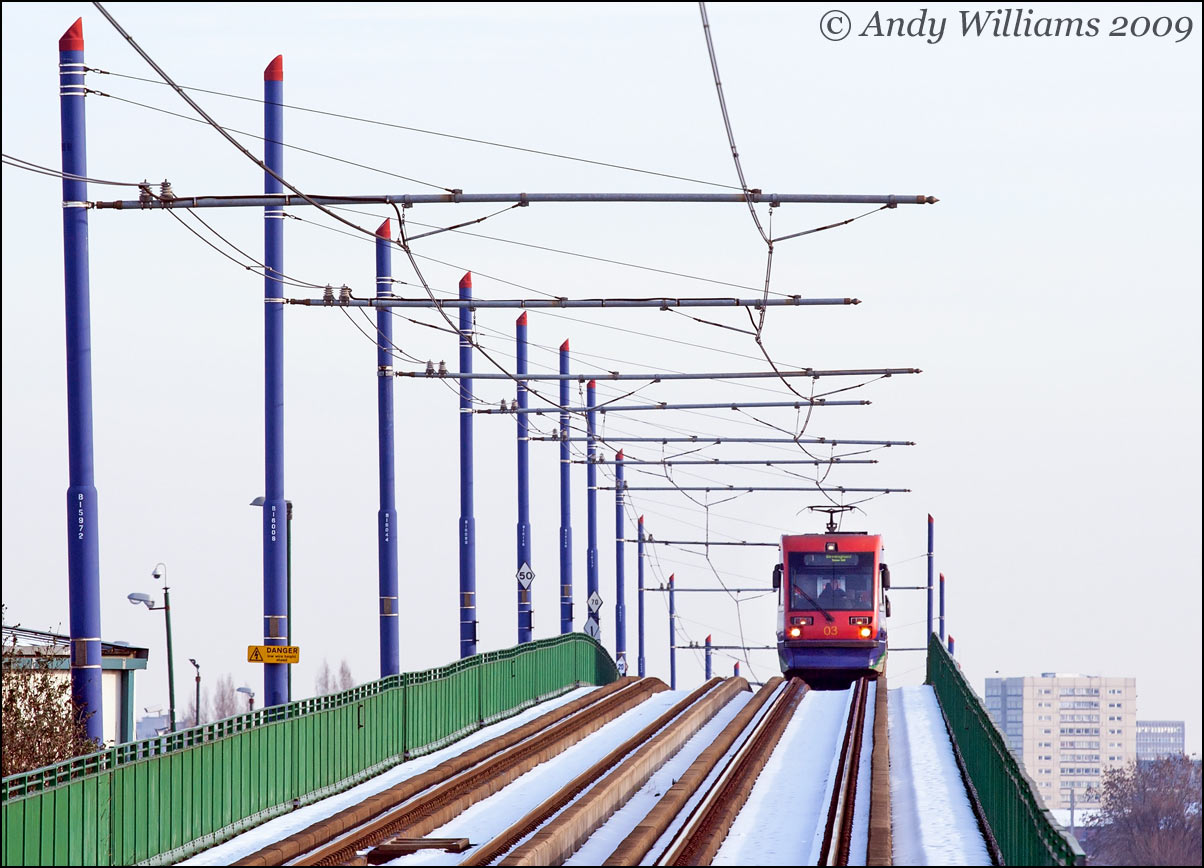 Tram 03 on the viaduct at Handsworth