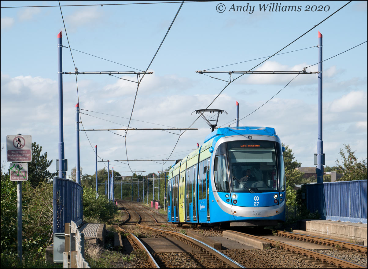 Tram 27 at Bilport Lane, Wednesbury