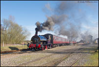 Steam locomotive Linda leaving Brownhills