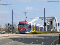 Tram 16 crosses the Wolverhampton Ring Road